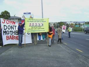 Protest outside Paula Bennett's office in Henderson
