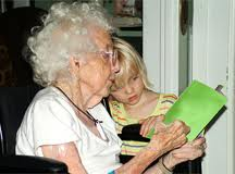 old-young-reading